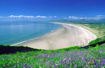 Harlech Beach and Snowdonia 2.jpg